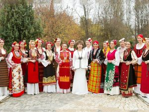 Tours Bulgarian Folklore & Traditions ~ the 'Cosmic Voices choir'
